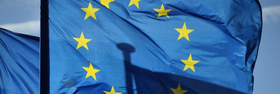 Sondaggio shock: in Italia il 55% non si fida dell'UE.